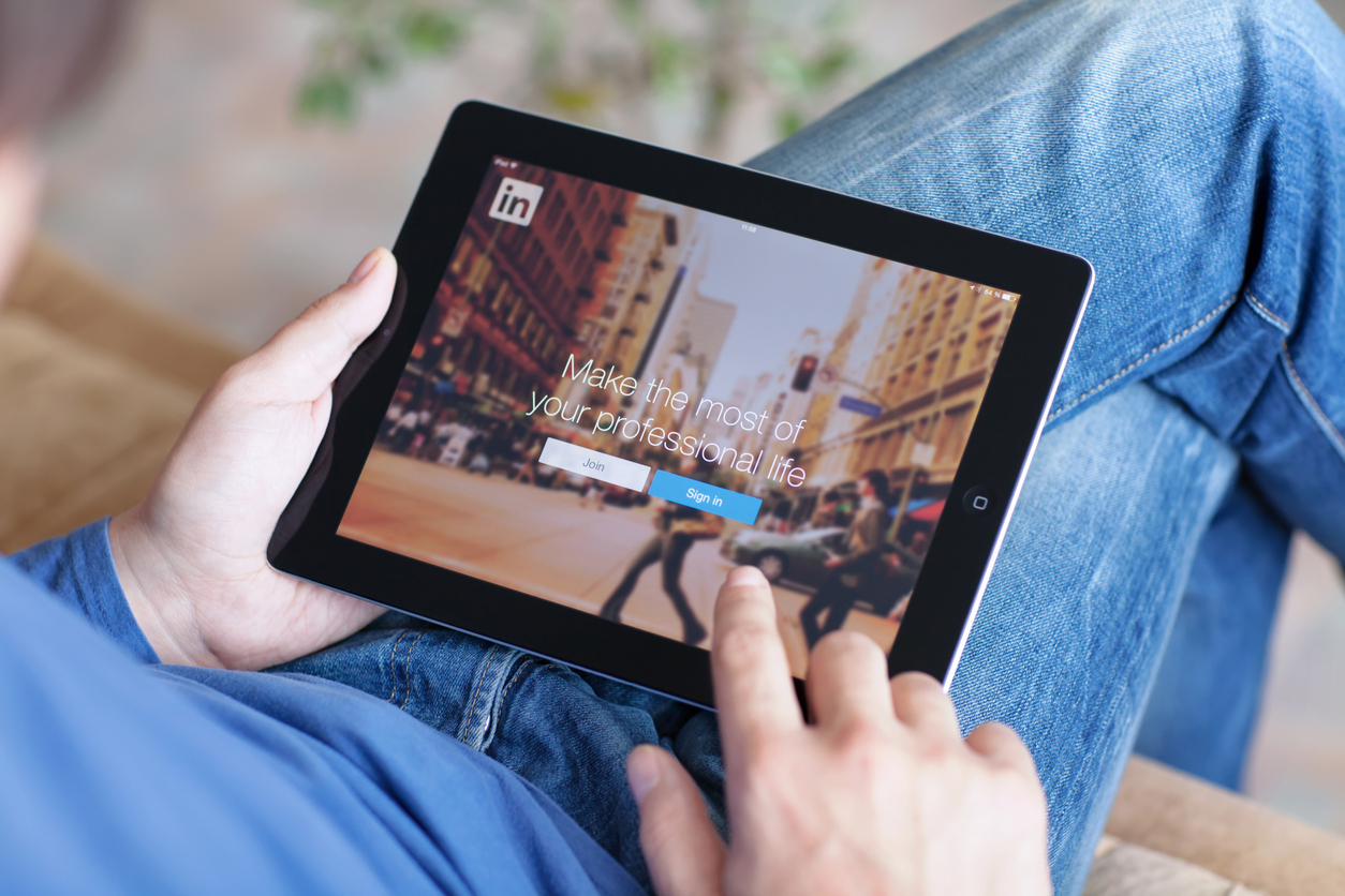 LinkedIn is a social network for search and establishment of business contacts.